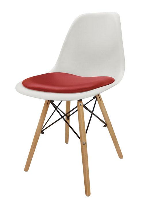 silla eames con almohadon