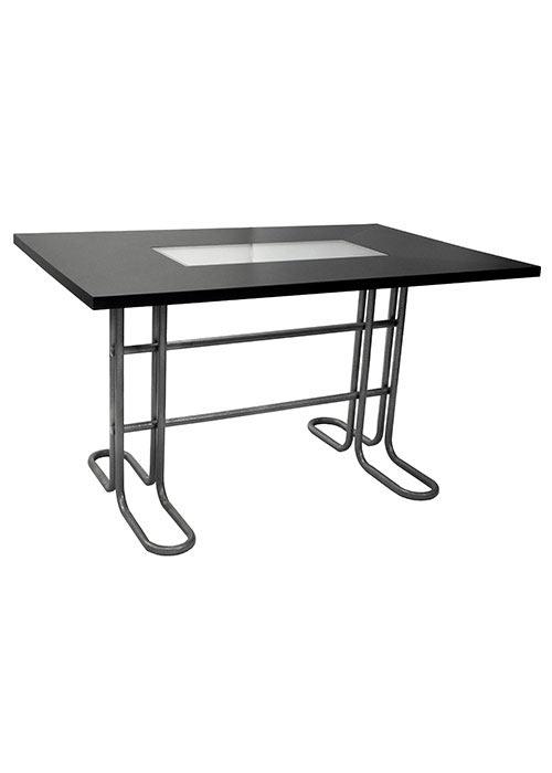 Mesa pintada Moscu